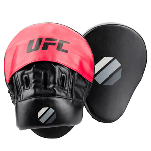 UFC Curved Focus Mitt (Black/Red)