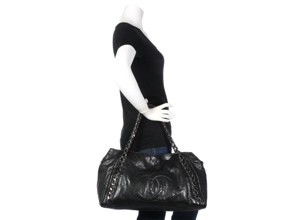 bd9d9d73fb9 Chanel Black Modern Chain Tote Chanel Black Modern Chain Tote