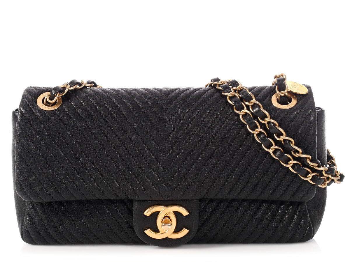 5d709ed80337 Chanel Black Chevron Quilted Distressed Calfskin Flap - Ann s Fabulous  Closeouts