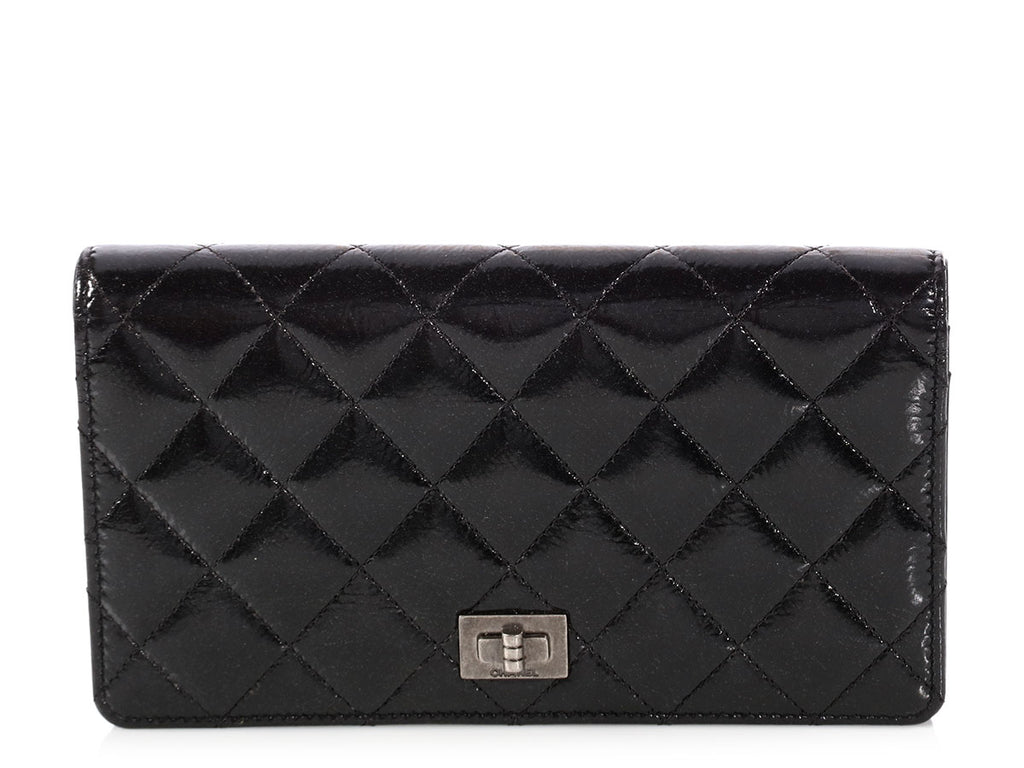 Chanel Black Glazed Quilted Calfskin Yen Wallet