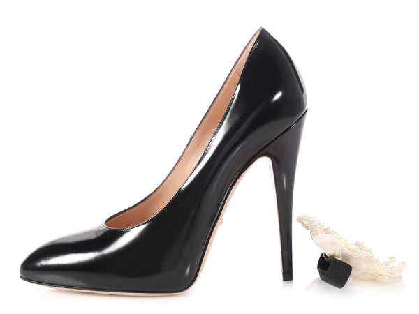 Gucci Black Pearl Bow Embellished Pumps
