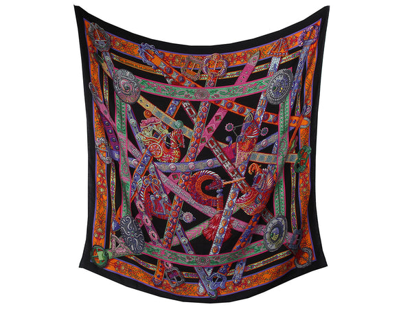 Hermès with our Le Songe de la Licorne Shawl