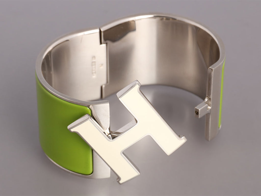Hermès Extra Wide Green and White Clic-Clac Bracelet
