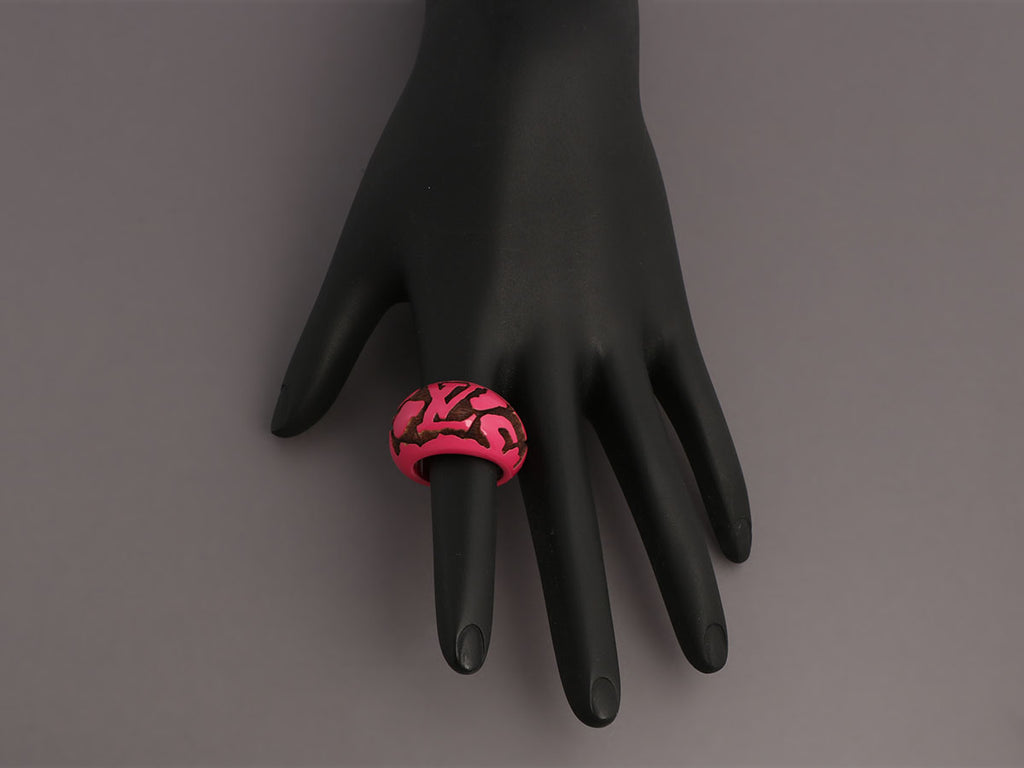 Louis Vuitton Hot Pink Leo Monogram Lacquered Wood Ring