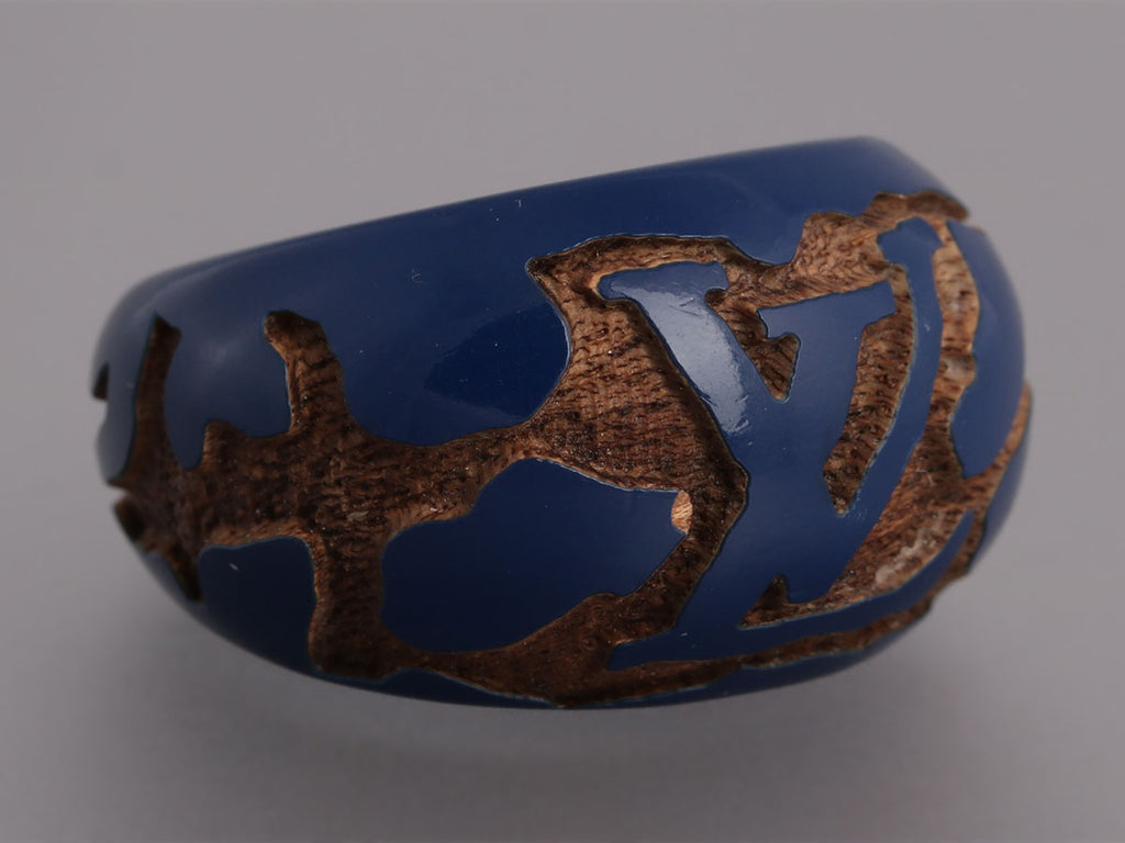 Louis Vuitton Navy Leo Monogram Lacquered Wood Ring