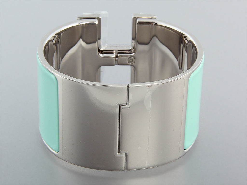 Hermès Extra Large Lagoon and White Clic H Bracelet PM