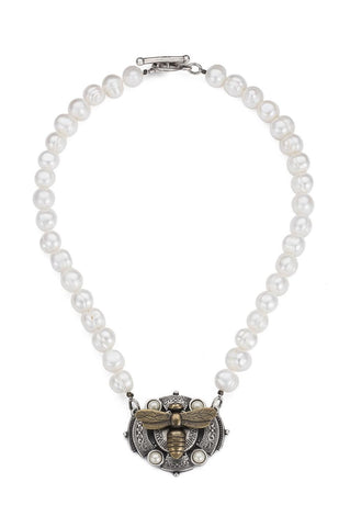 French Kande Freshwater Pearl Medallion Necklace - Bijou Eliene Jewelry - 1