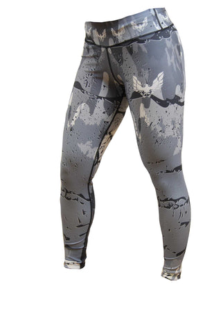 Women's camo gym leggings - by getmybodyfit