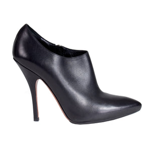 Pointed Toe Leather Bootie