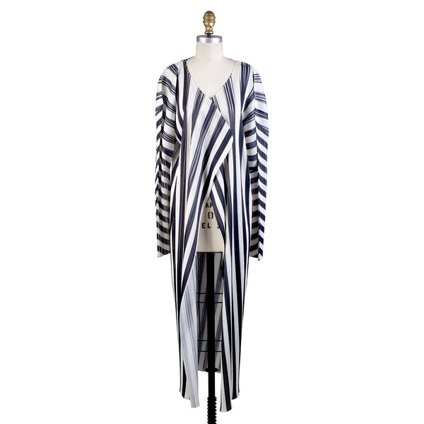 Pleated Lightweight Coat with Vertical Stripes