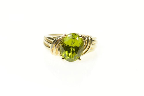 10K Oval Classic Peridot Solitaire Statement Ring Size 5.25 Yellow Gold