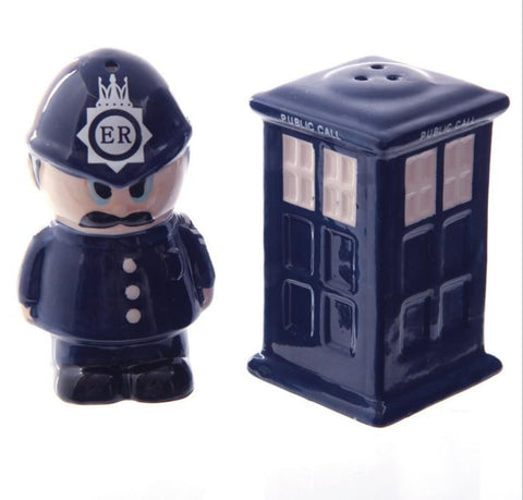 Ceramic Policeman Spice Shaker / Salt & Pepper Shakers - World Kitchen Tools - 1