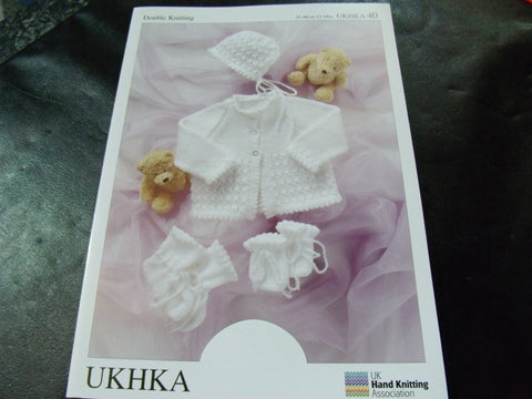 UKHKA Baby Double Knitting Pattern 40