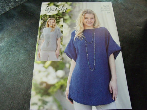 Wendy Double Knit Pattern 5993 Scoop Hem Sweater and Tunic
