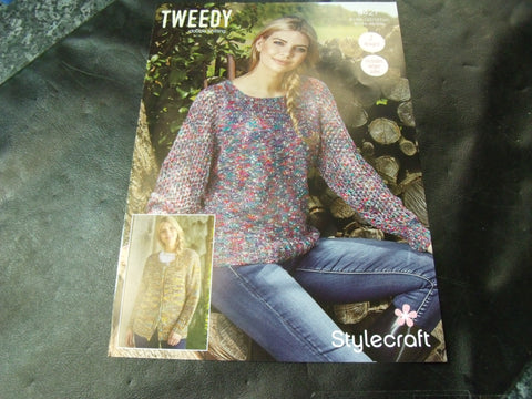 Stylecraft Double Knitting Pattern 9427 Two Designs