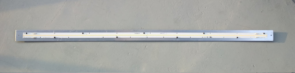 Bridgelux EB3 25W 4000K strip on flat bar