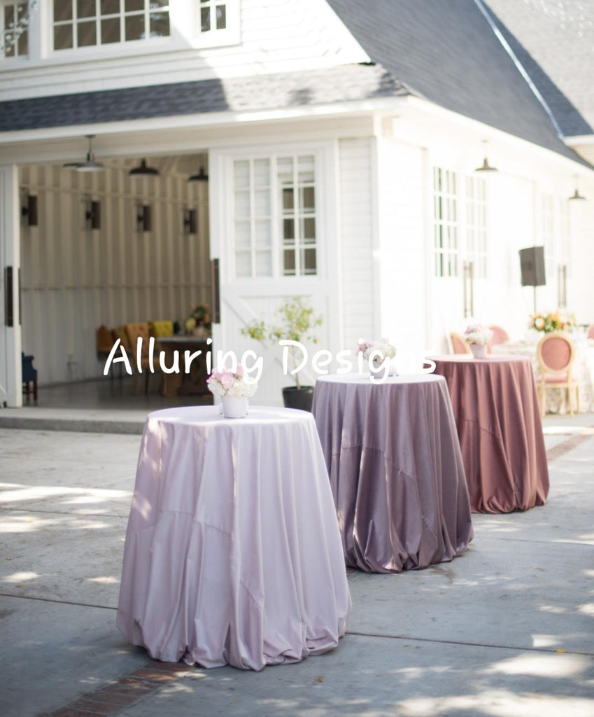"Luxurious Velvet 132"" Round Tableclothes - Bella Angel Event Decor"