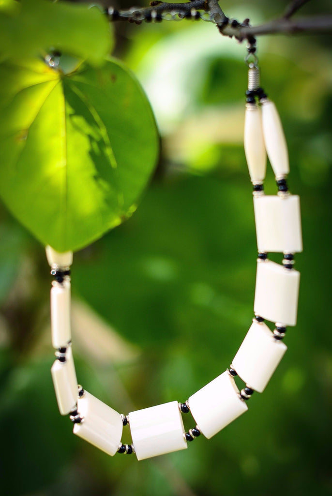 Amani Necklace | White