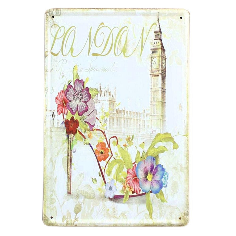 BEAUTIFUL LONDON VINTAGE METAL PAINTING WALL HANGING