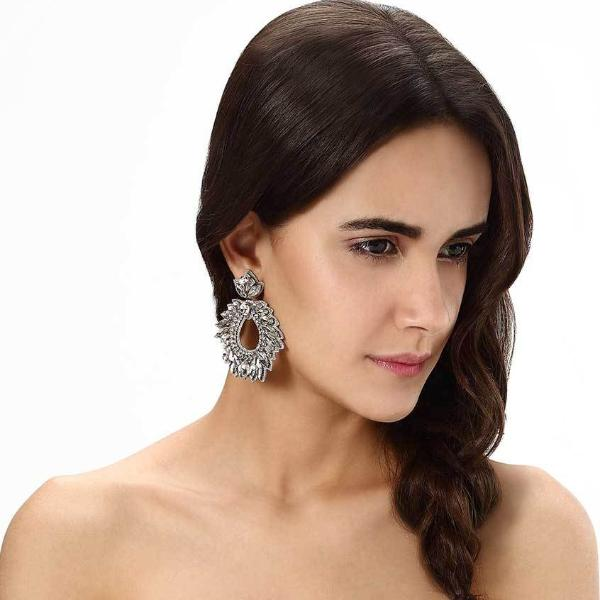 Model Wearing Deepa by Deepa Gurnani Handmade Chantel Earrings in Silver