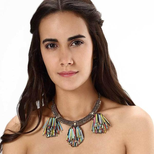 Model Wearing Deepa by Deepa Gurnani Handmade Larra Necklace in Multicolor