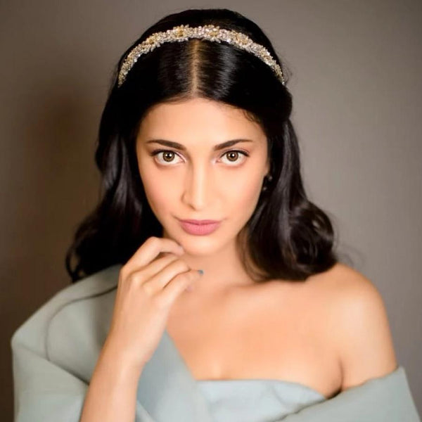 Actress Shruti Haasan Wearing Deepa Gurnani Headband