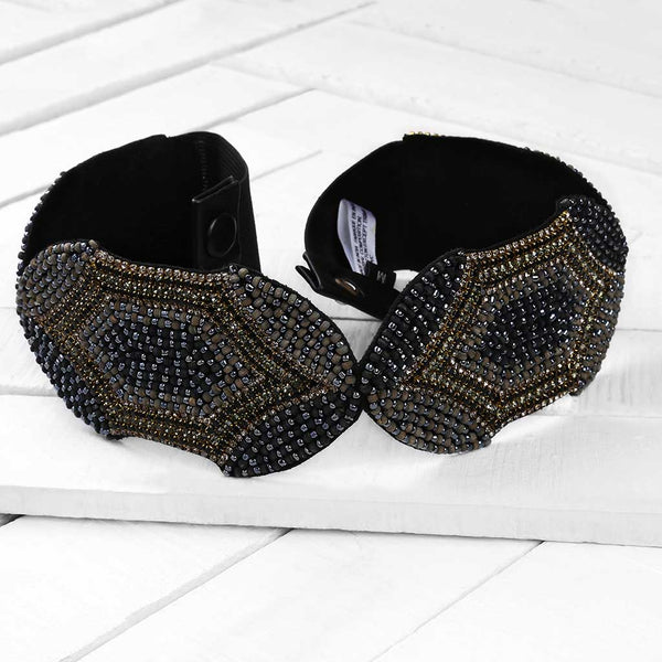 Deepa by Deepa Gurnani Handmade Azaria Belt in Black on Wood Background