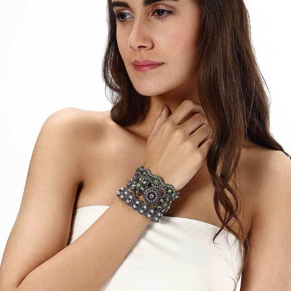 Model Wearing Deepa by Deepa Gurnani Handmade Gunmetal Makita Cuff