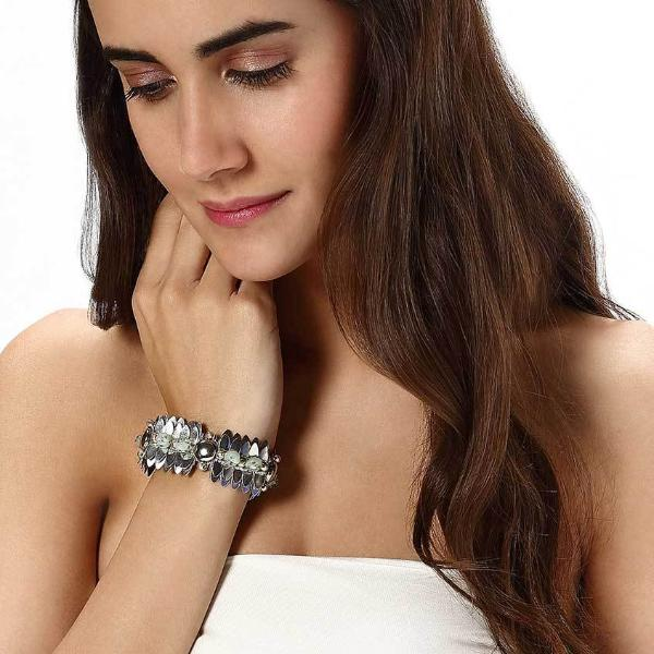 Model Wearing Deepa by Deepa Gurnani Handmade Harlee Bracelet in Silver