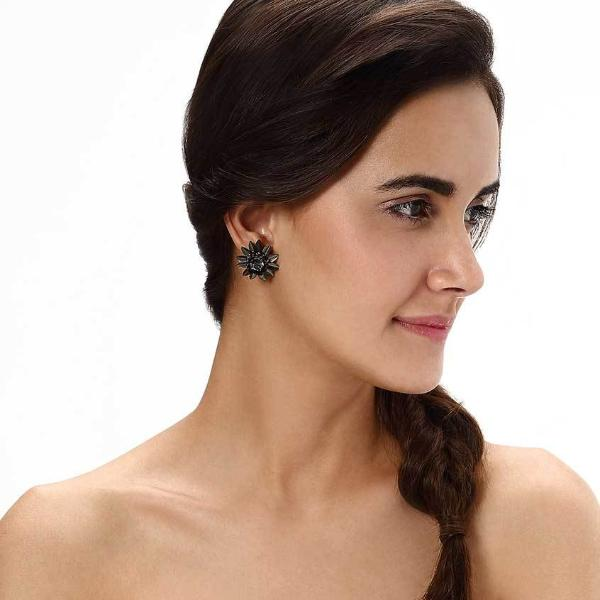 Model Wearing Deepa by Deepa Gurnani Handmade Ora Earrings in Gunmetal