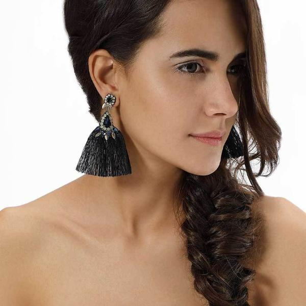 Model Wearing Deepa by Deepa Gurnani Black Herise Earrings