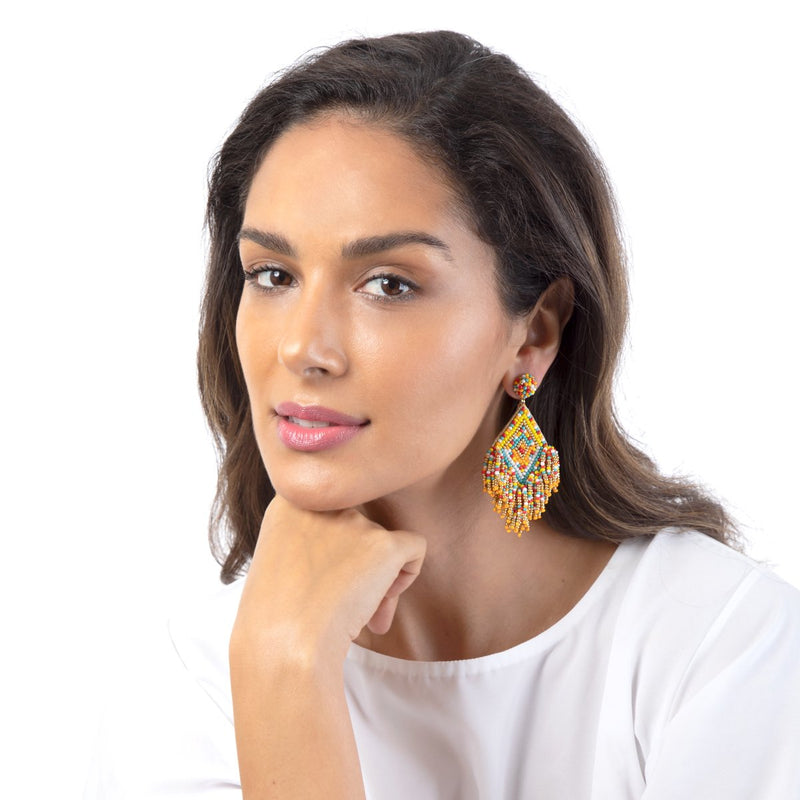 The Dottie Earrings are the embodiment of the modern woman.