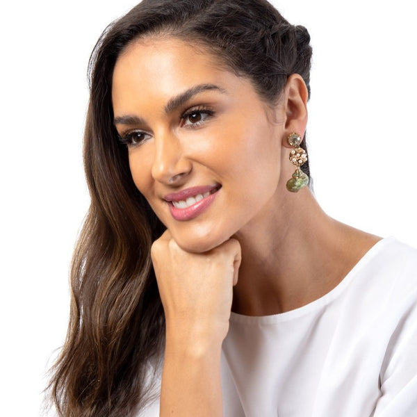 Unique Deepa Gurnani shell earrings