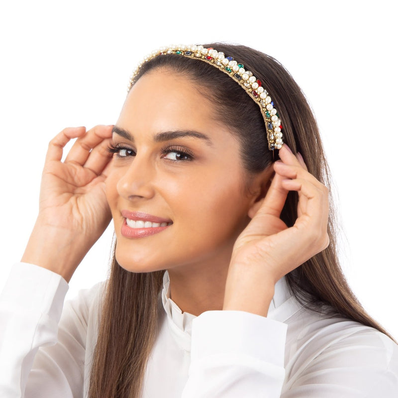 The Nieve Headband has just right amount pearl and crystals for feminine tone.