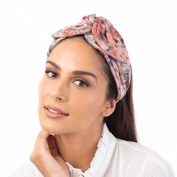 Beautifully hand embroidered headwrap by Deepa Gurnani