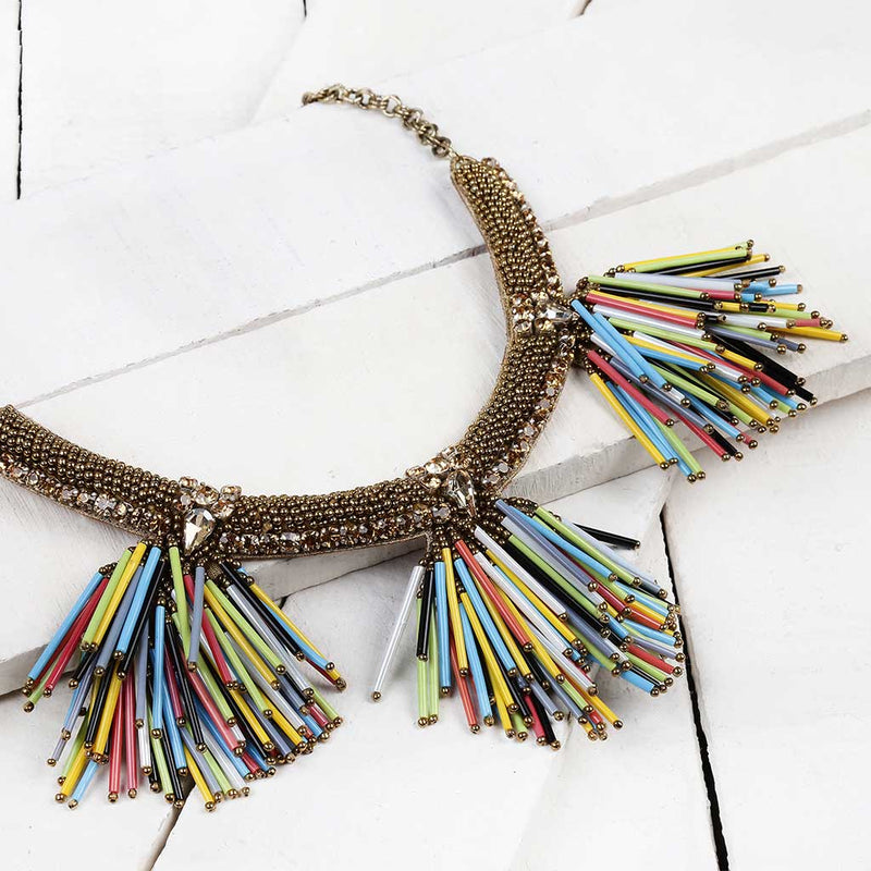 Deepa by Deepa Gurnani Handmade Larra Necklace in Multicolor on Wood Background