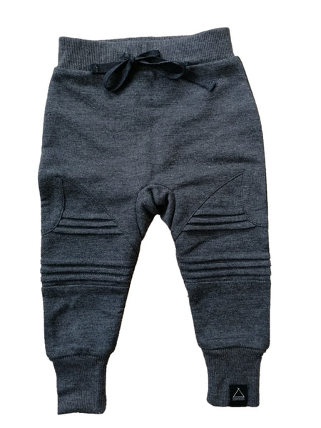 Surf trackies charcoal