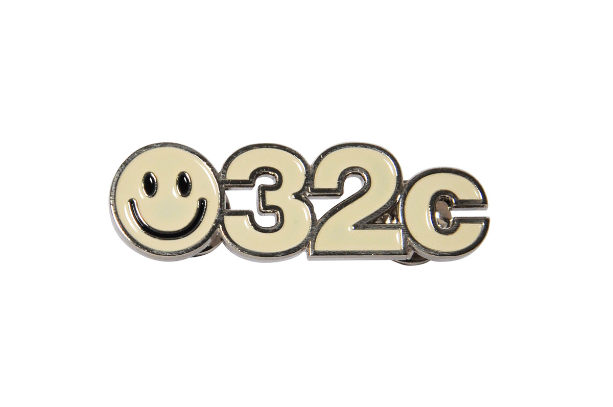 032c SMILEY Pin - 032c