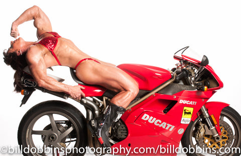ANNIE RIVIECCIO WITH DUCATI PRINT: Two kinds of extreme Italian muscle