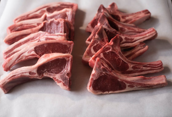 Load image into Gallery viewer, Loin Chops 1kg (Approx 12/pk)