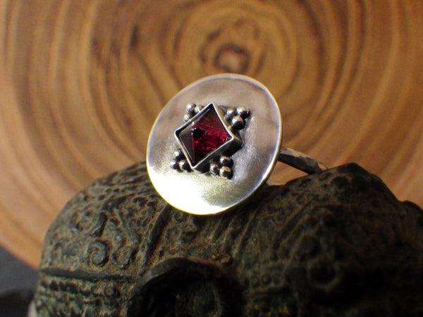 Cleo Ring with Pyramidal Garnet