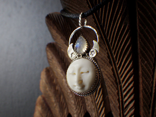 Pia-mua Pendant with Rainbow Moonstone and Bone Carving