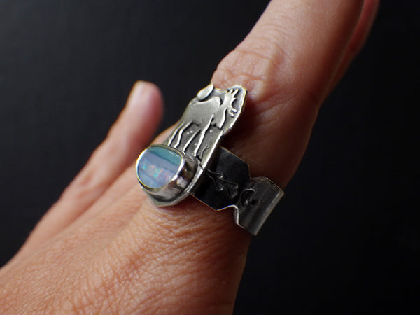 Elgur Lake Ring with Opal