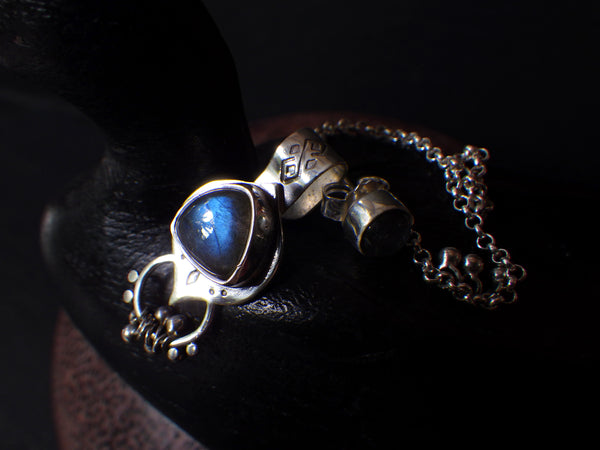 Eos Ear Cuff with Labradorite