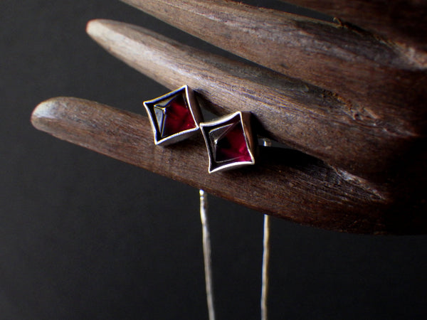 Garnet Muraco Earrings