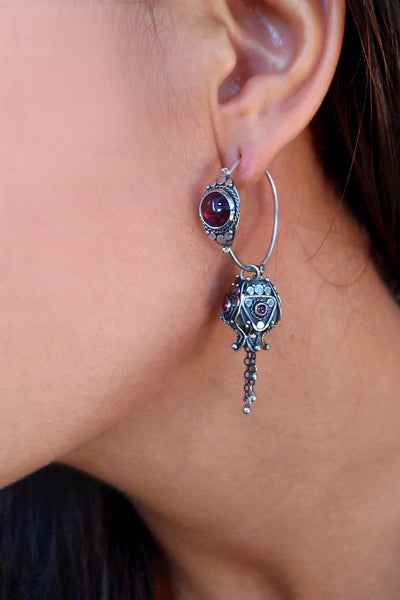 Proxima Earrings with Garnet