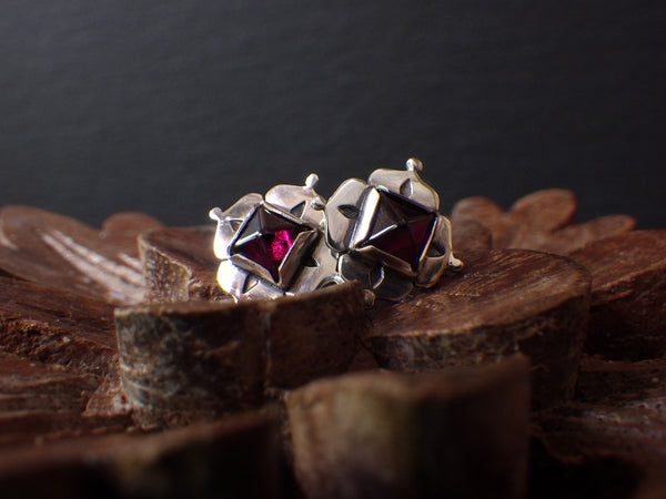 Zahra Stud Earrings with Garnet