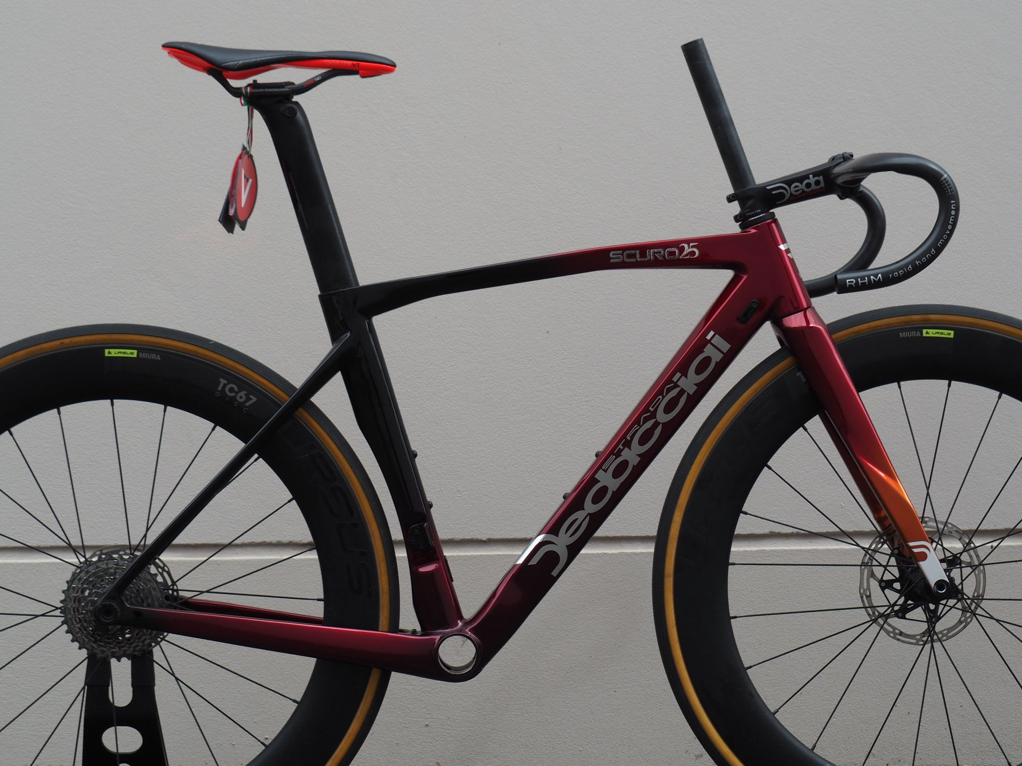ROAD BIKE DEDACCIAI SCURO DISC FACTORY FRAMESET CUSTOM COLOUR