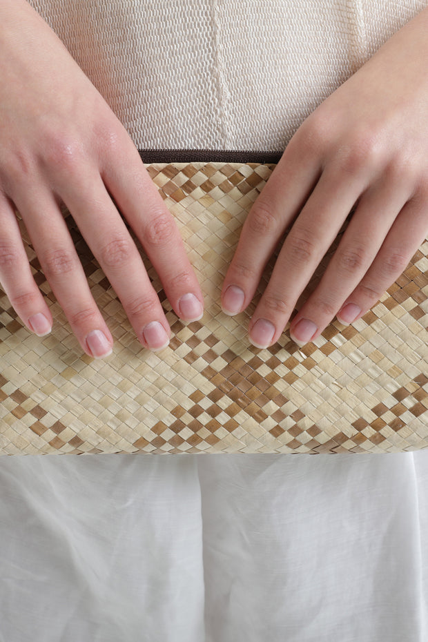 Natural Woven clutch