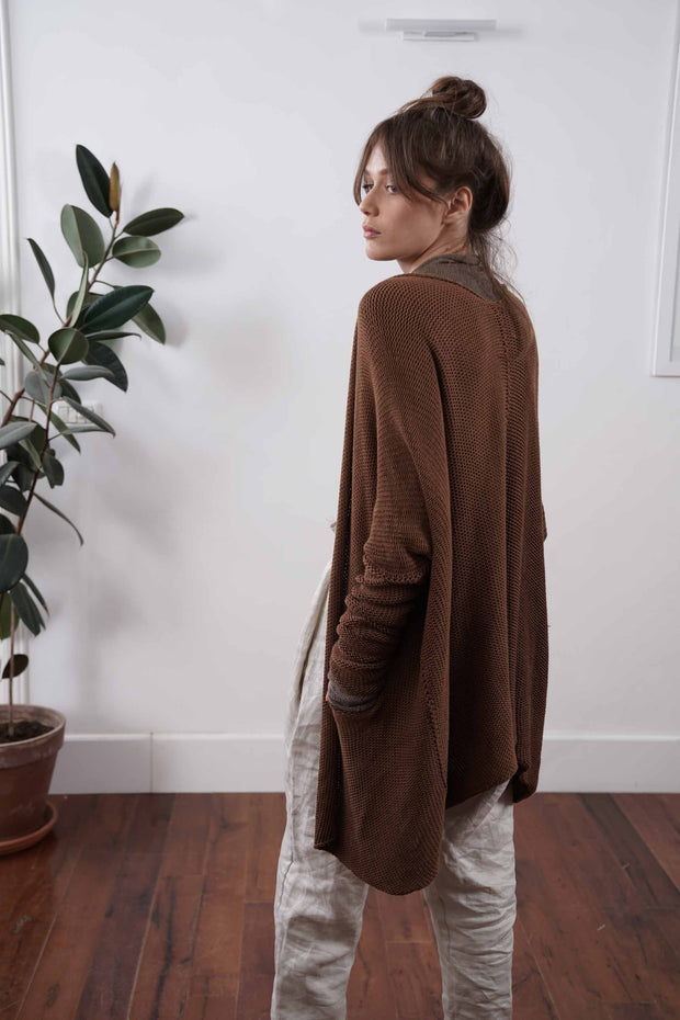 Big Chunky Oversize Soy Sweater with pockets - Cognac Brown
